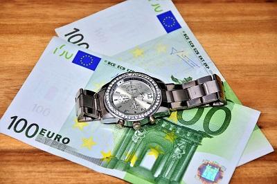 Naprawdę szybkie pożyczki - gdzie dostanę pieniądze w ciągu 15 minut?